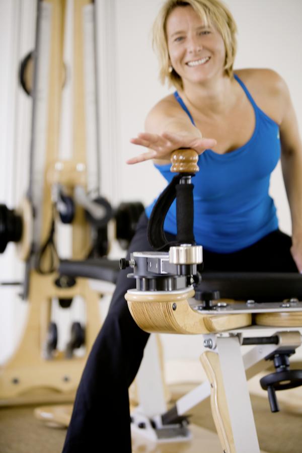 Schmerztherapie und Gyrotonic Training - Bewegungstherapie Sybille Veith in Freiburg